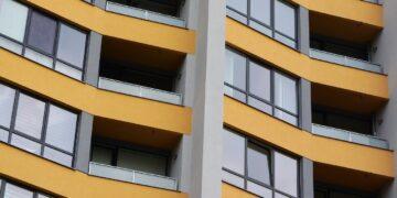Jakie mieszkania kupując Polacy ?
