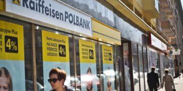 Znikają bankomaty Raiffeisen Polbank