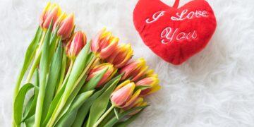 Co Europejczycy kupują na Walentynki ?