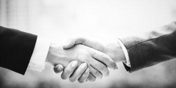 Umowa na zastępstwo a kredyt