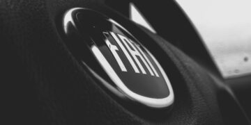 Fiat 500L na wynajem od Credit Agricole