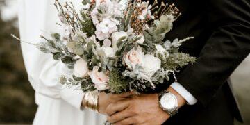 Zmiana nazwiska a podróż poślubna